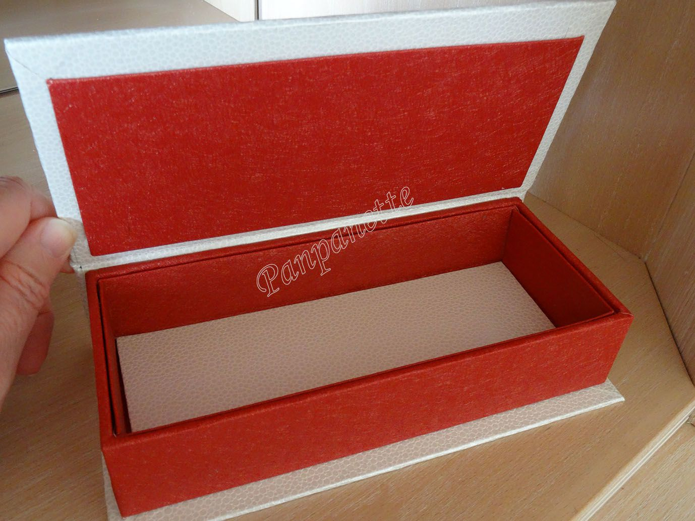 Boîte en cartonnage