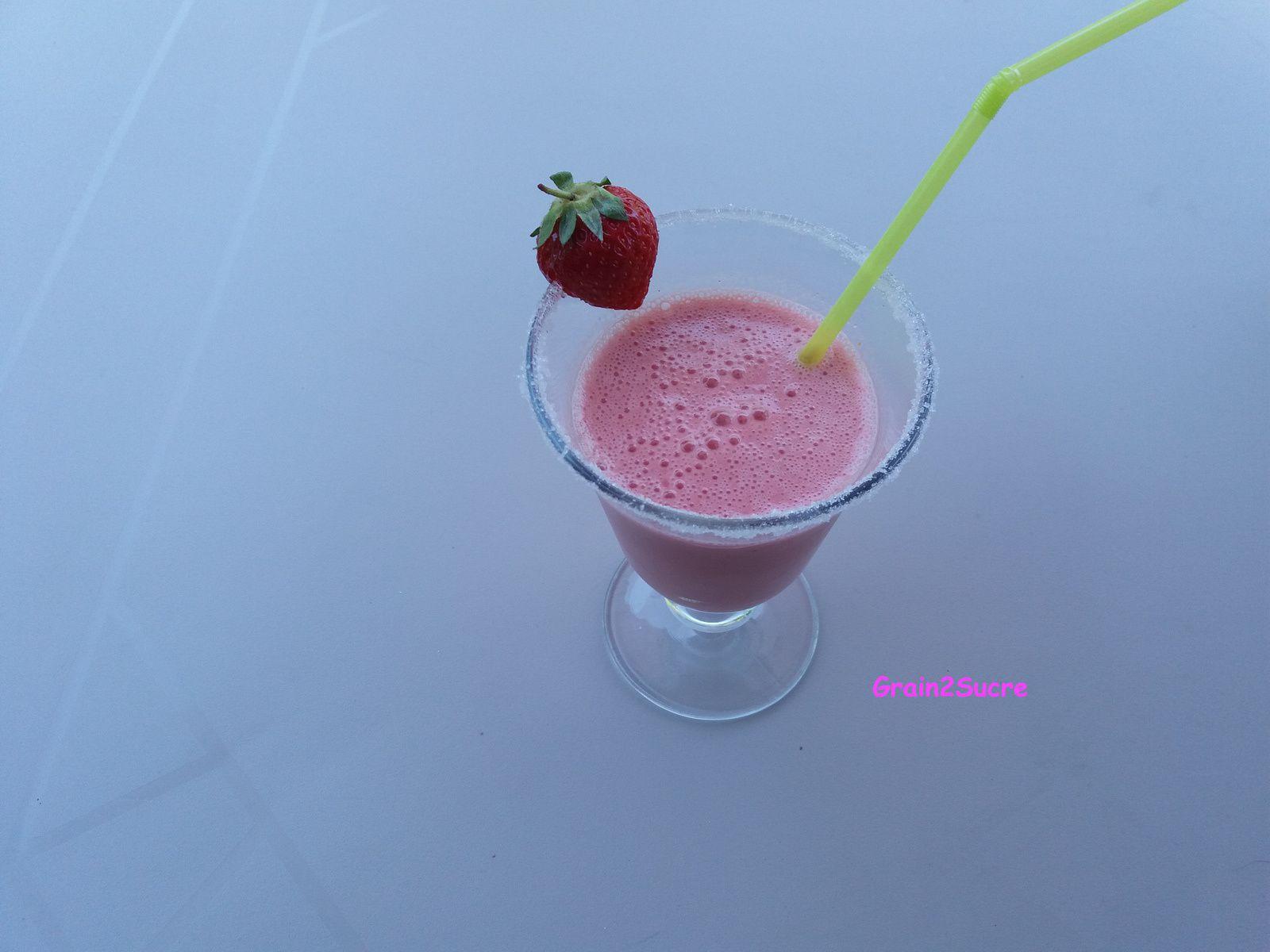 Recette Grain2Sucre. Smoothie Fraises : fraises, yaourt...