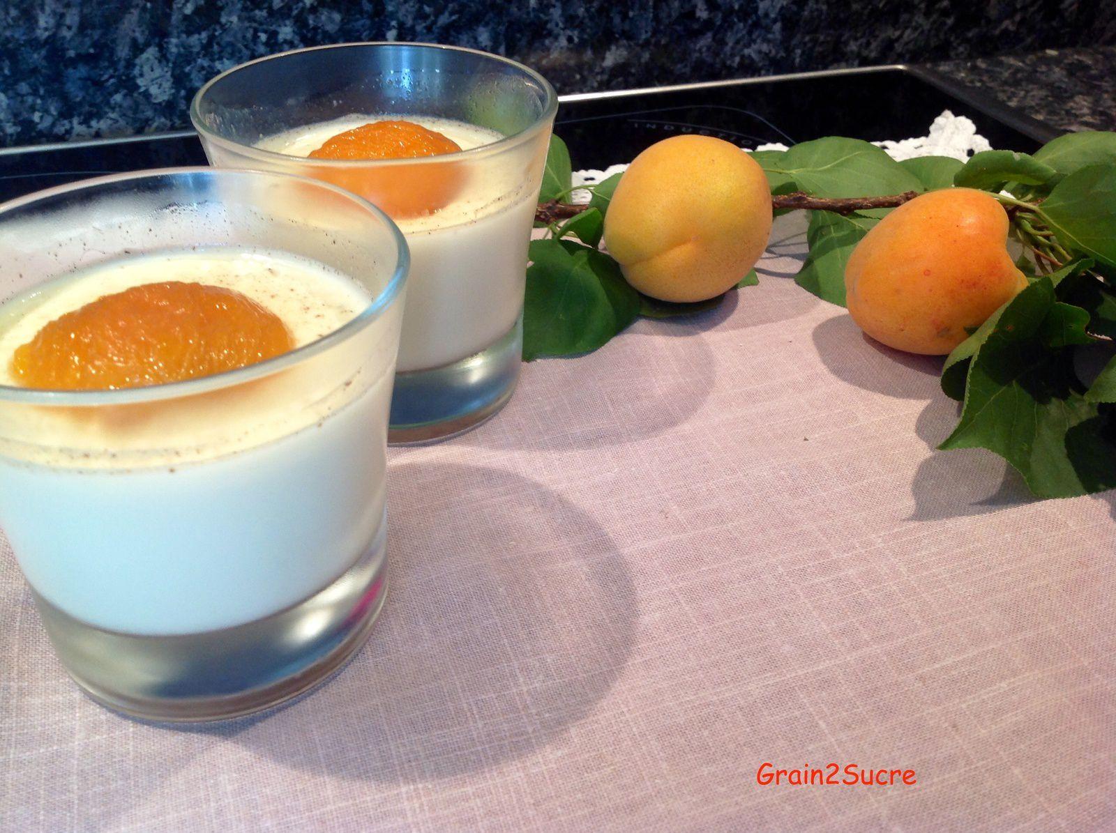Grain2Sucre. Recette Panna cotta à la fleur d'oranger et abricots rôtis, crème fleurette, sucre, abricots