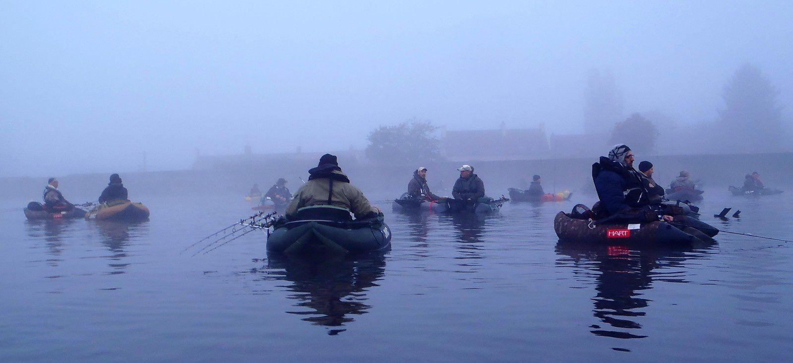 Deuxième concours float-tube, plan d'eau du Vallon, Autun....