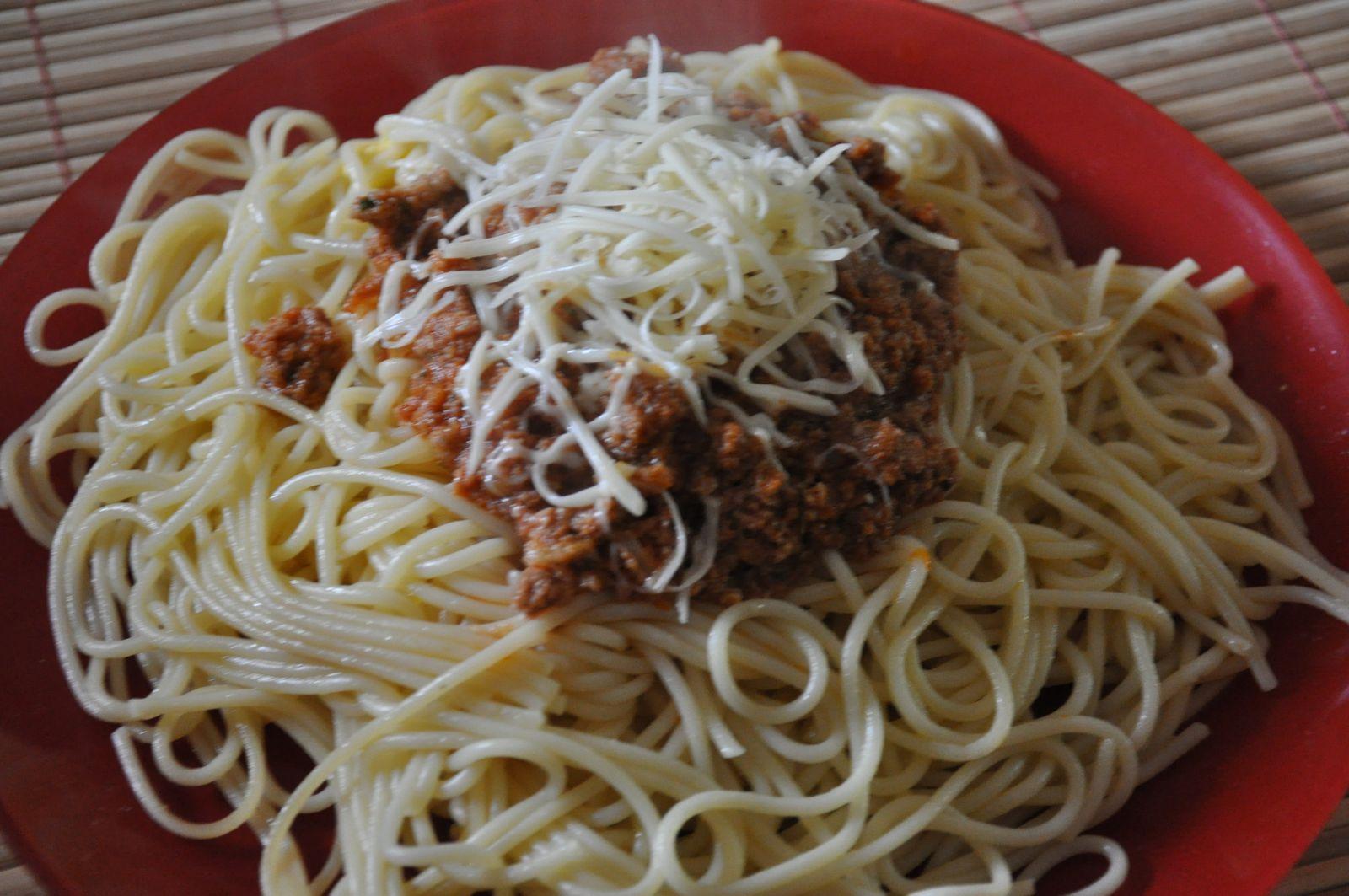 Spaghettis bolognaise ( boeuf et porc)