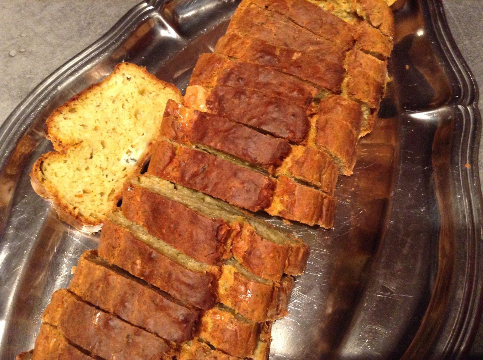 Cake sale : brocolis, bleu et gruyère