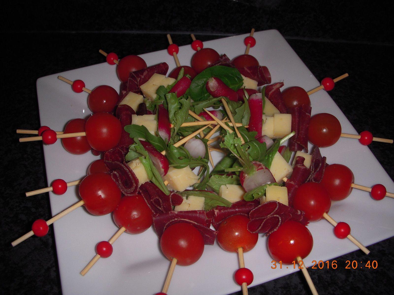 Brochette de grison, comté et légumes croquant