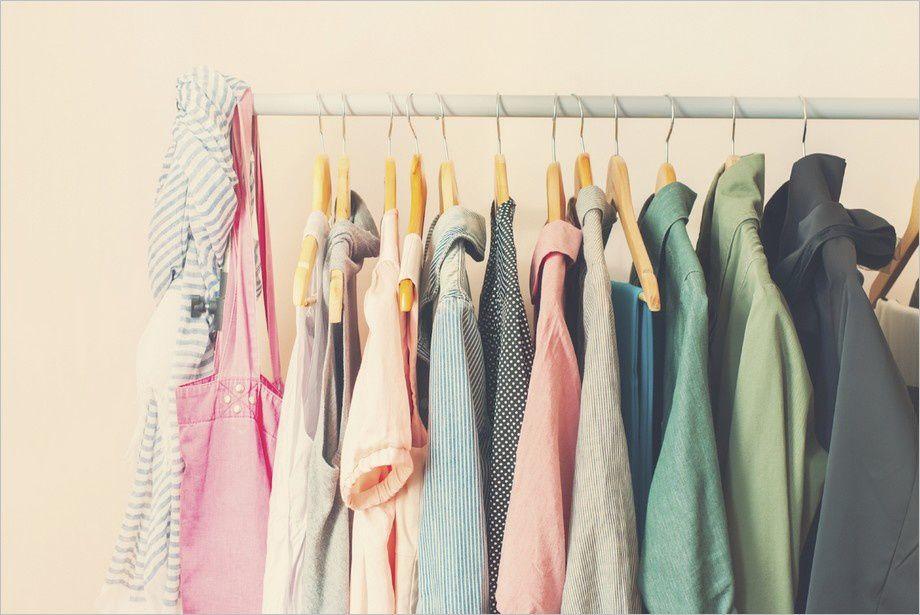 Vente de vêtements le 18 Mai