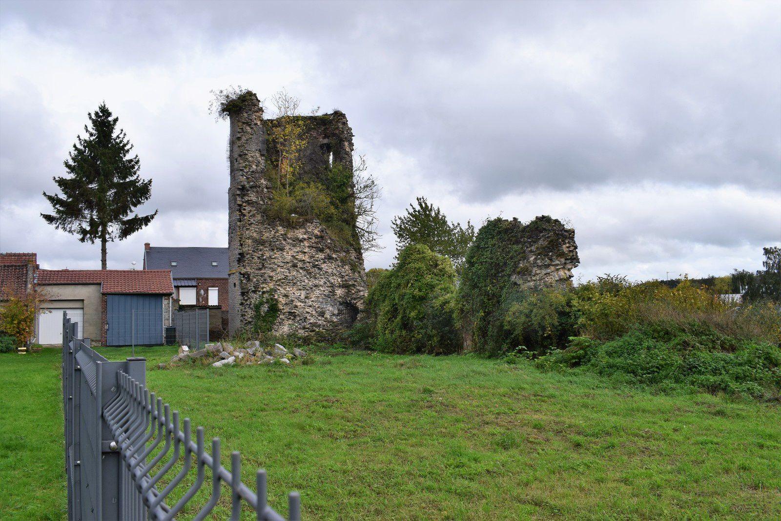 La tour de Jeumont .....