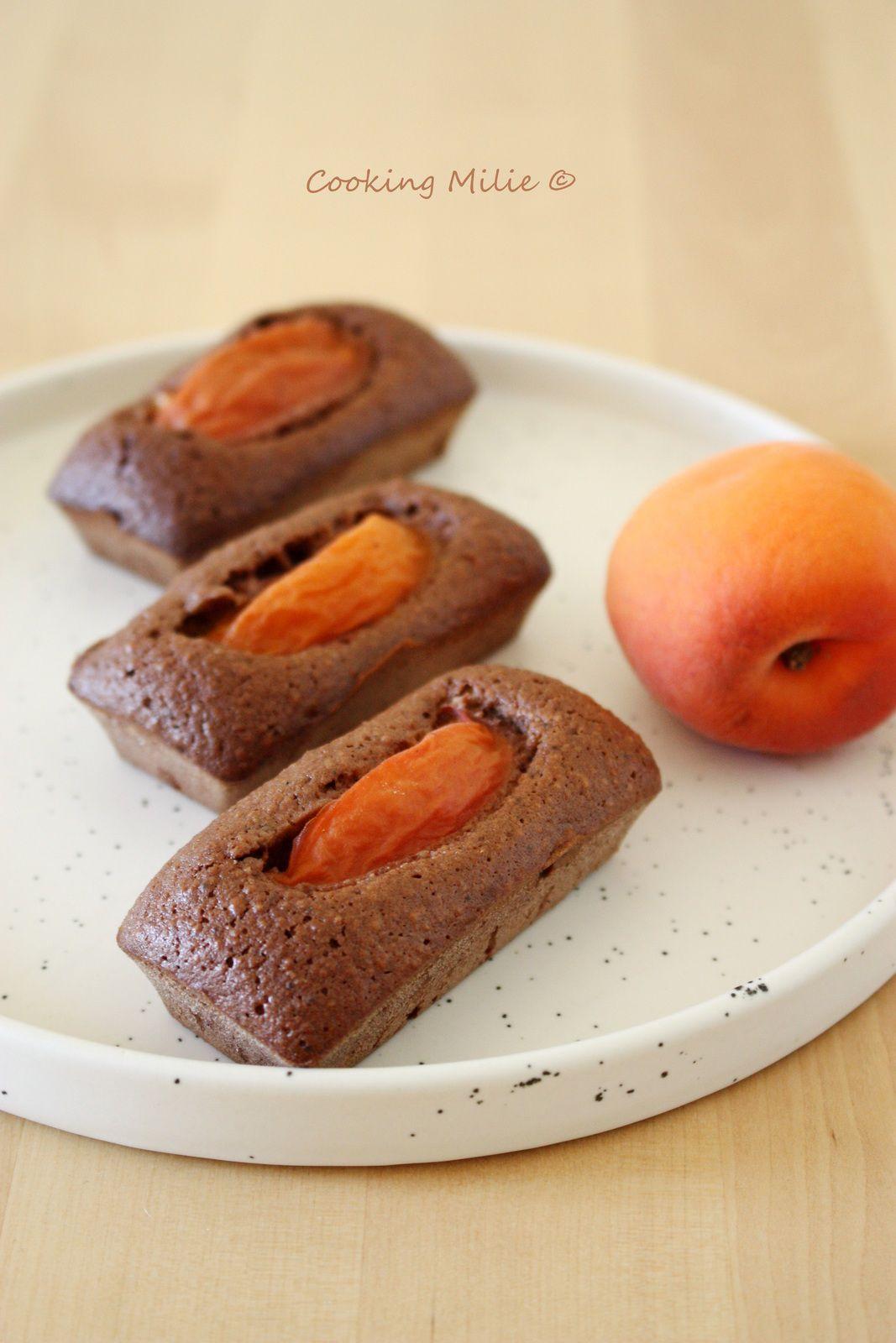 Financiers aux abricots et chocolat