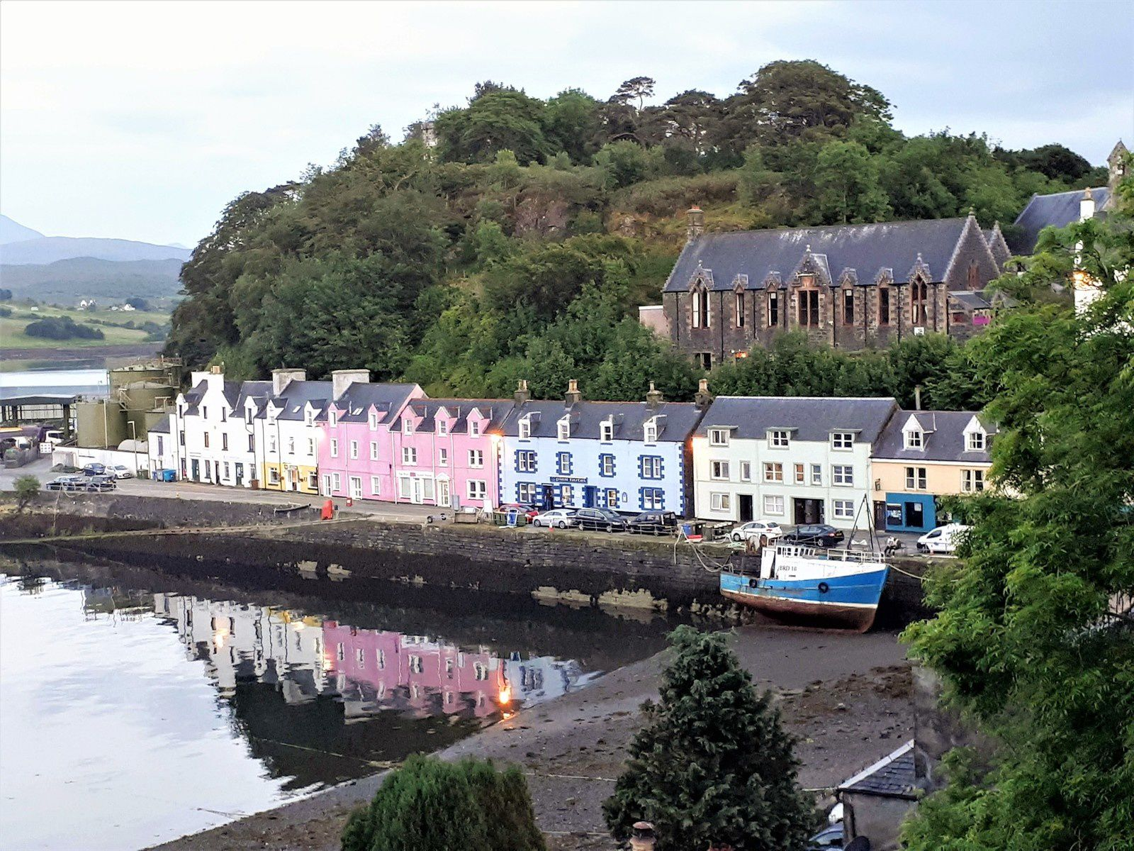 PORT PORTREE ECOSSE VILLAGE ROYAUME UNI