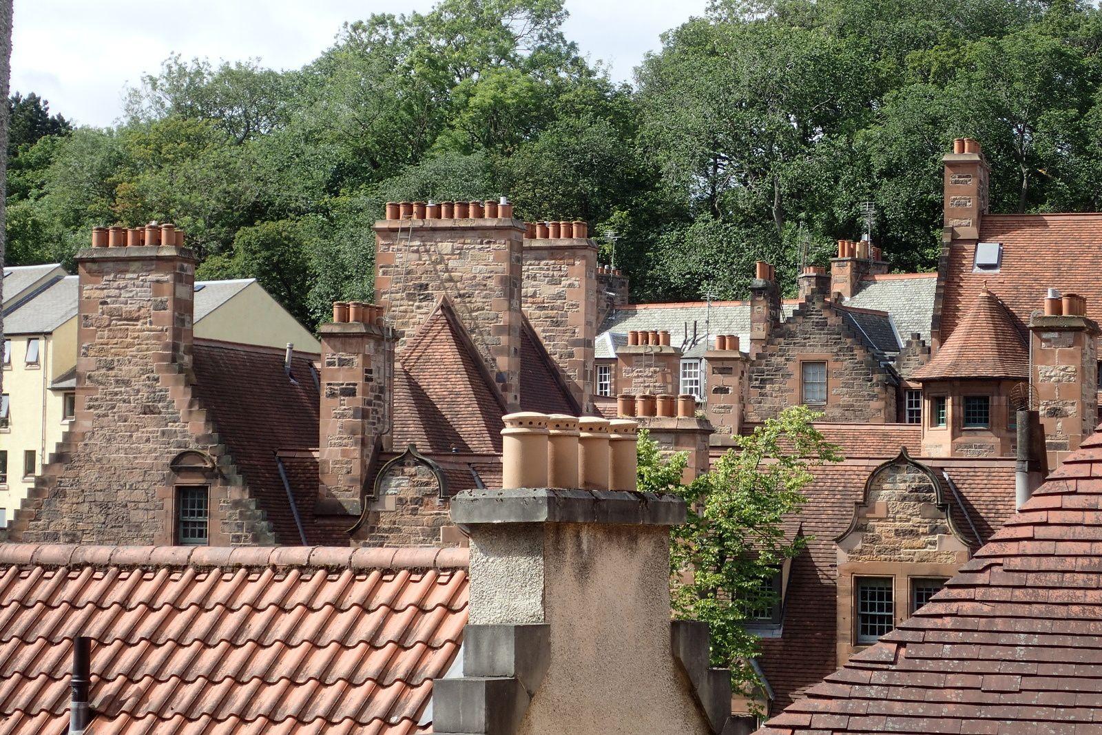 Auld Reekie Edinburgh scotland cheminées charbon insolite
