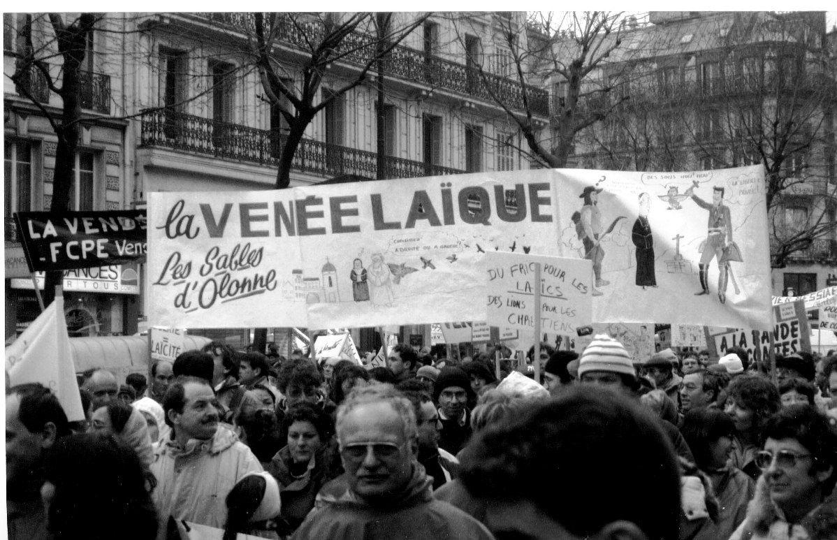 Serment de Vincennes et Loi Debré