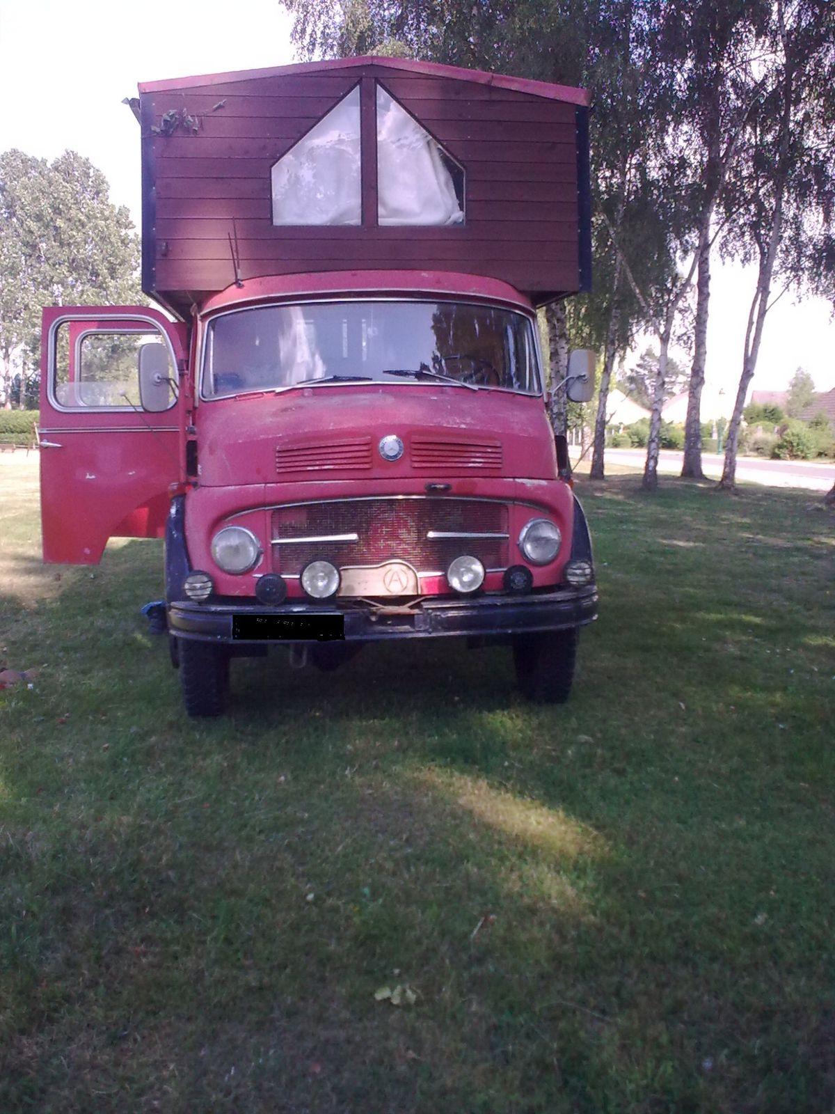 Ancètres et insolites (Camping-car)