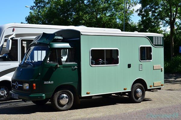 Mercédes (Pays-bas en camping-car)