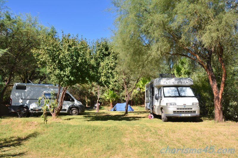 Camping Los Olivos, Tinogasta, Argentine en camping-car