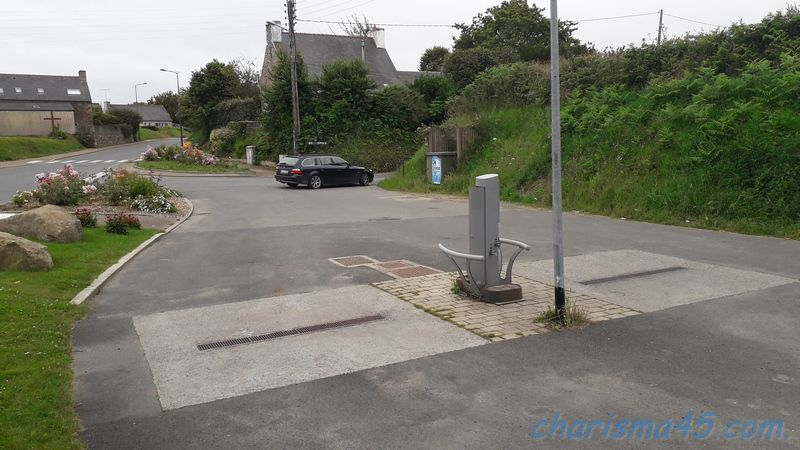 Aire de service de Ploubazlanec, Bretagne en camping-car