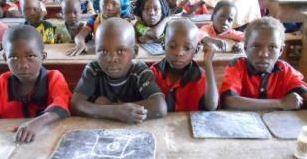 Ripresa timida delle classi a Bangui