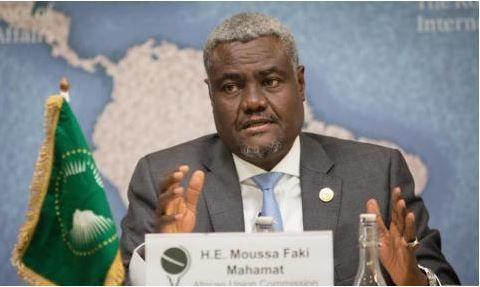 Union africaine, Moussa Faki Mahamat au service des autocrates africains