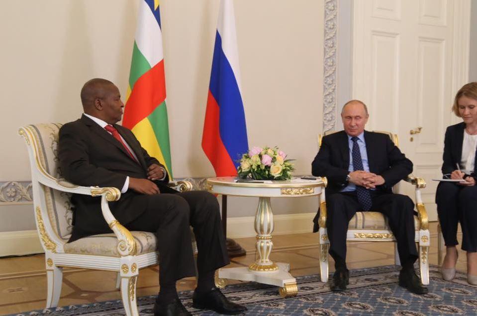 Centrafrique : Le tête à tête Touadéra-Poutine et les derniers combats du km5 préoccupent la presse écrite nationale