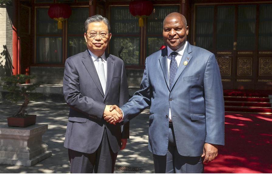 Un haut responsable du PCC rencontre le président de la République centrafricaine