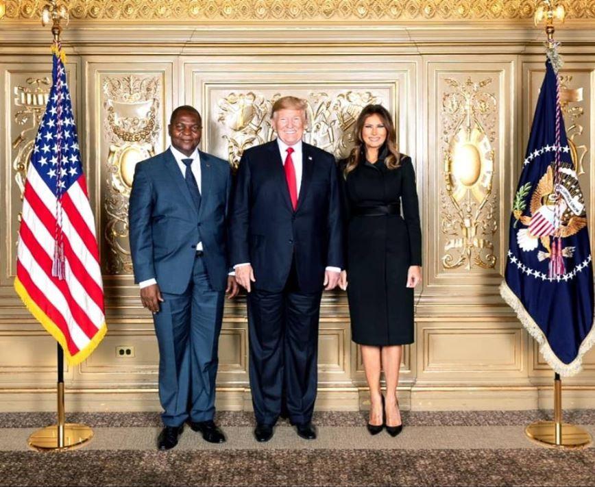 Entretien en coulisses Touadéra Macron Le Drian à New York