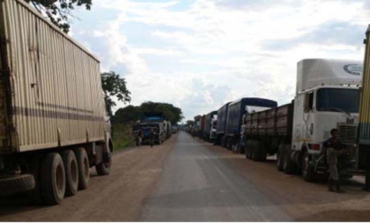 5000 camionneurs camerounais versent 150 millions FCFA par voyage aux rebelles centrafricains