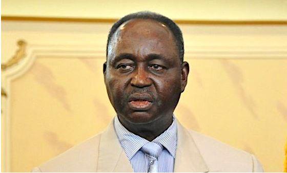 Un tribunal annule l'interdiction faite à l'ex-président Bozizé de retourner au pays par avion
