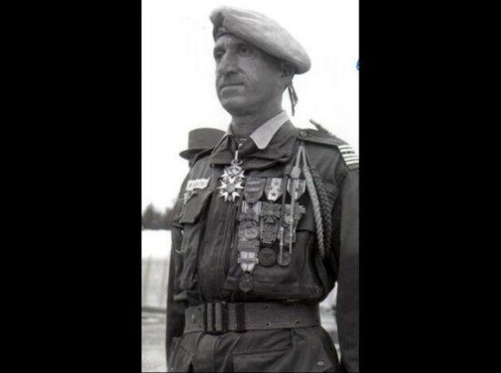 Portrait du général Paul Aussaresses ...