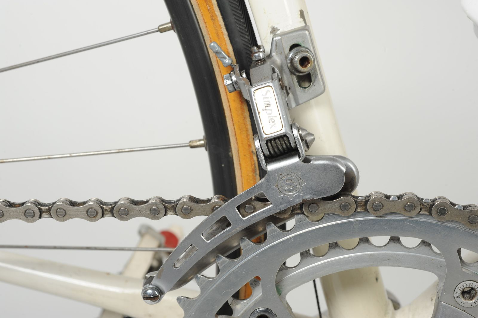 Vélo PEUGEOT (cadre Doléac) 1982.
