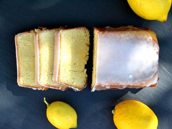 Lemon Drizzle Cake - Gâteau Moelleux au Citron