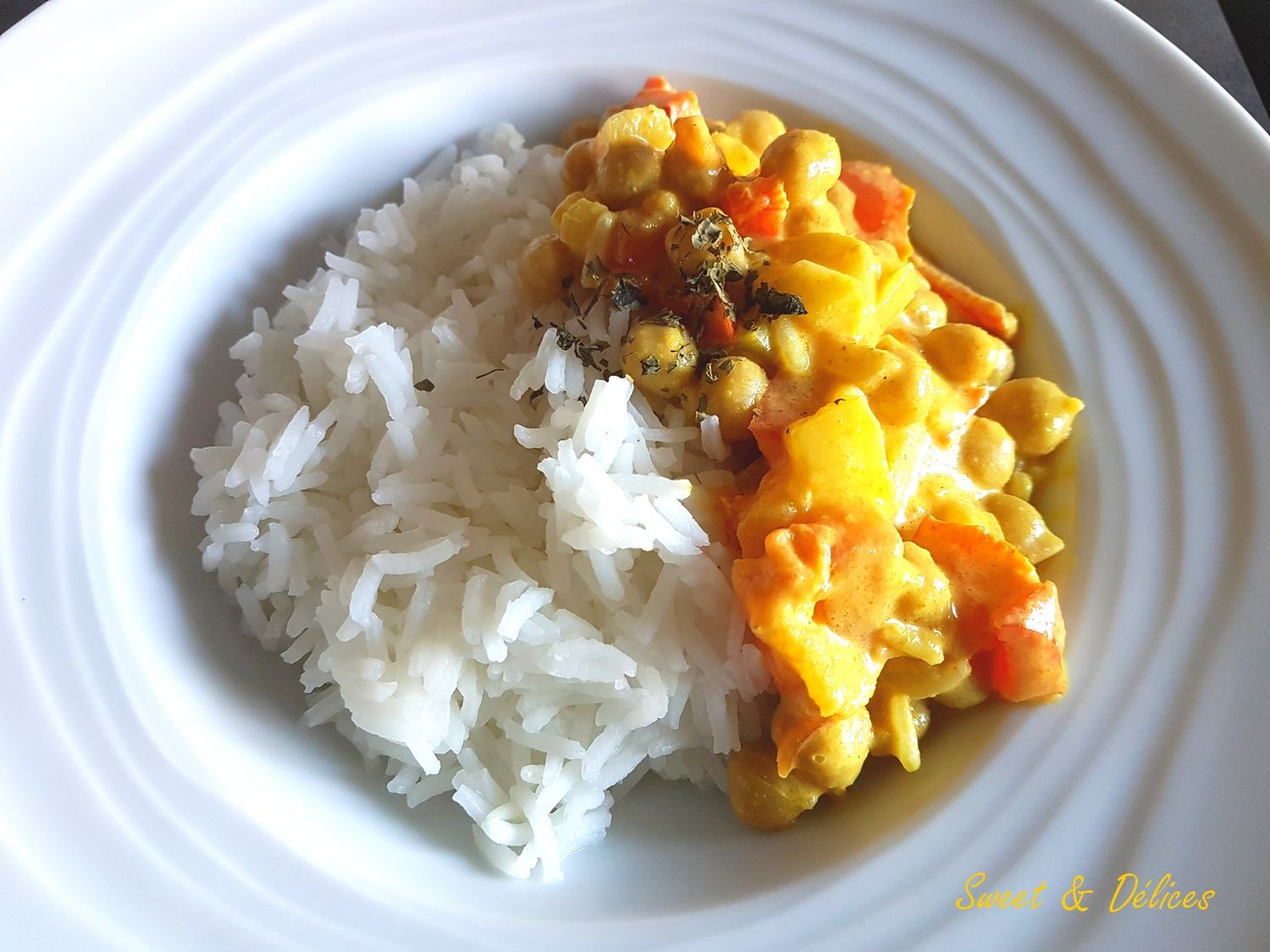 Curry de l gumes aux pois chiches recette sal e sweet - Thermomix ne pese plus ...