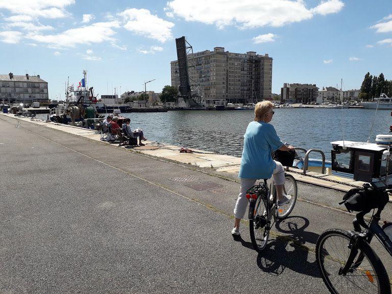 Port de St Nazaire à vélo
