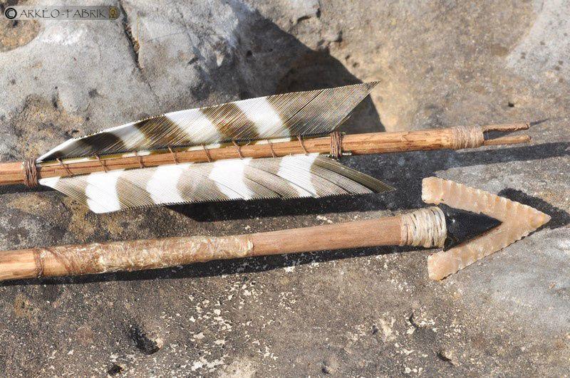 Flèches néolithiques, armature perçante en silex.