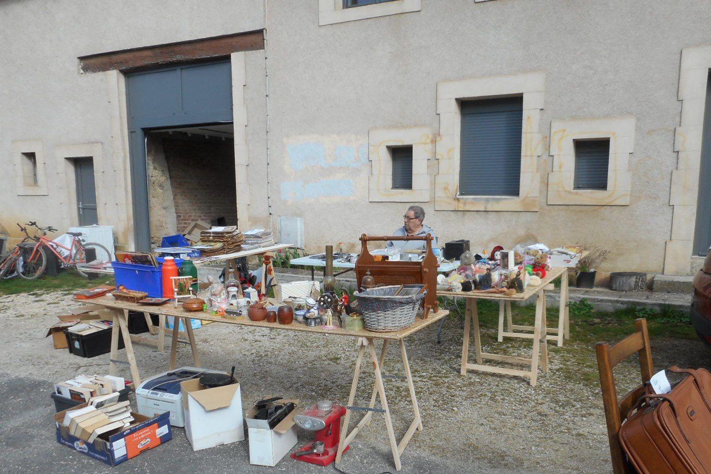 brocante à Douzy Ardennes