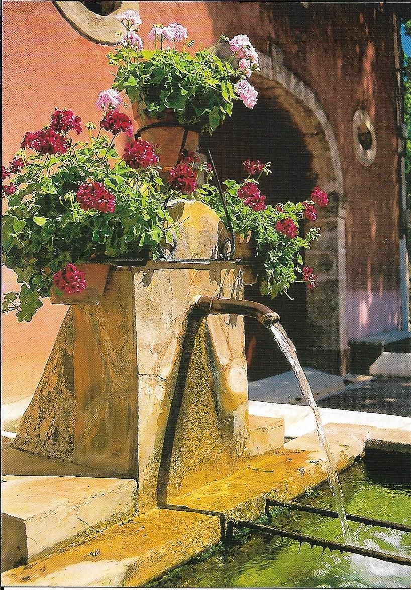 belle fontaine de Provence