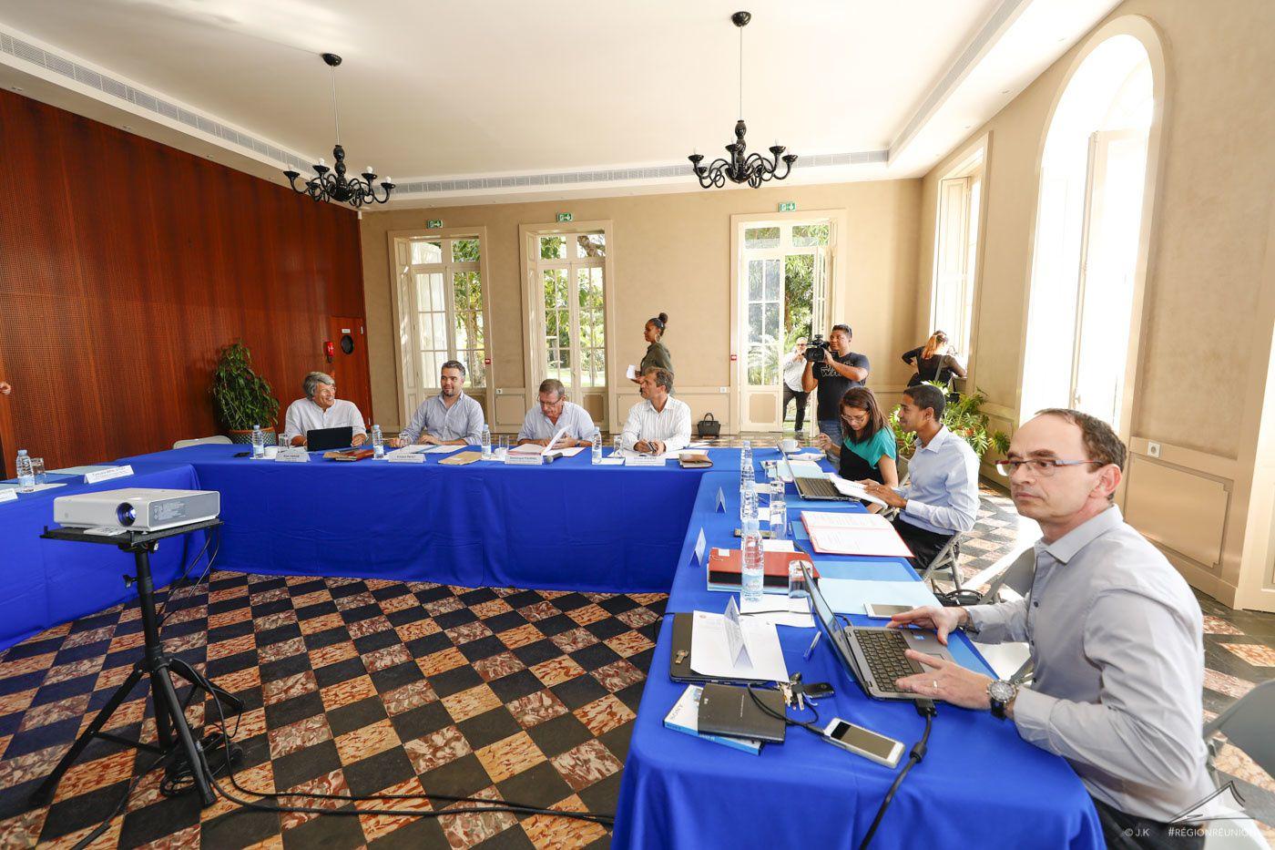 1er conseil d'administration de la structure Réunion THD. Août 2018. Région Réunion.