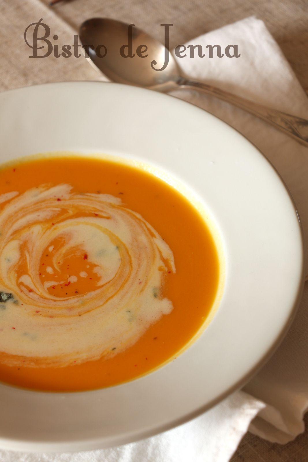 Soupe de courge crème roquefort