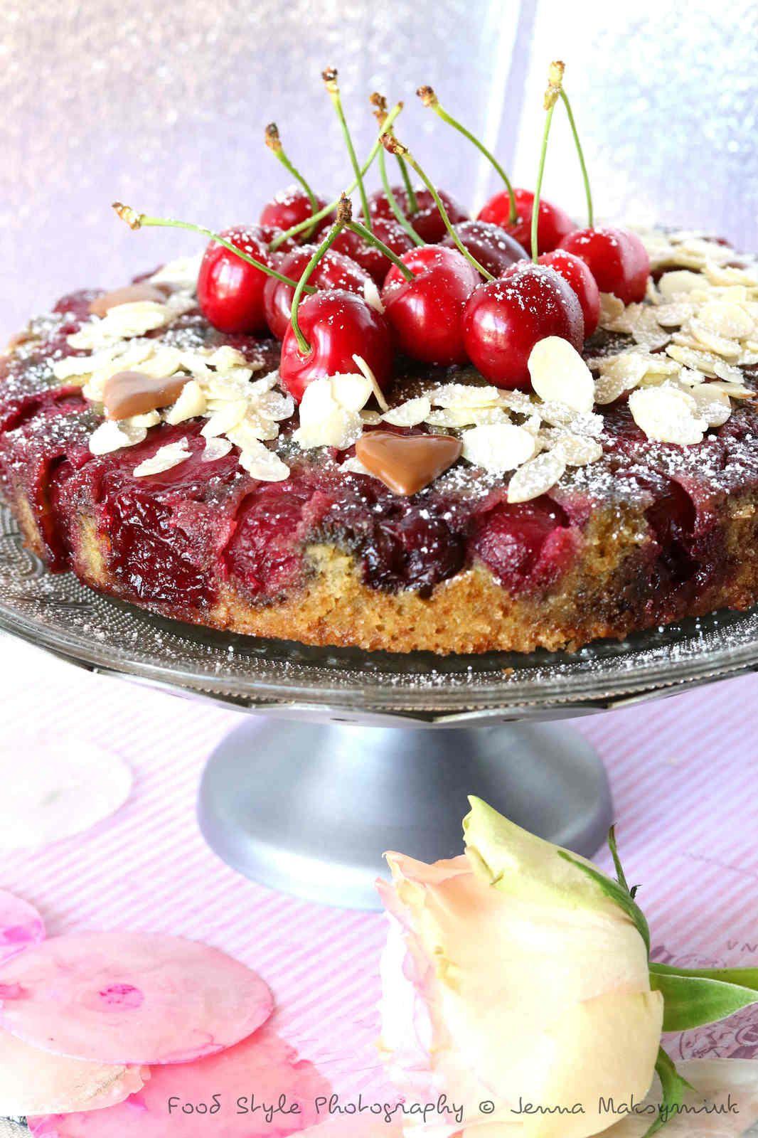 Gâteau renversé aux cerises