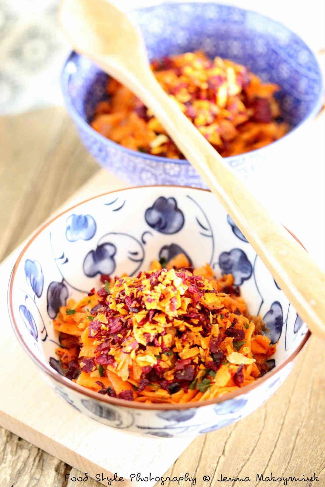 Carottes sauce thaï, crumble de chips de légumes
