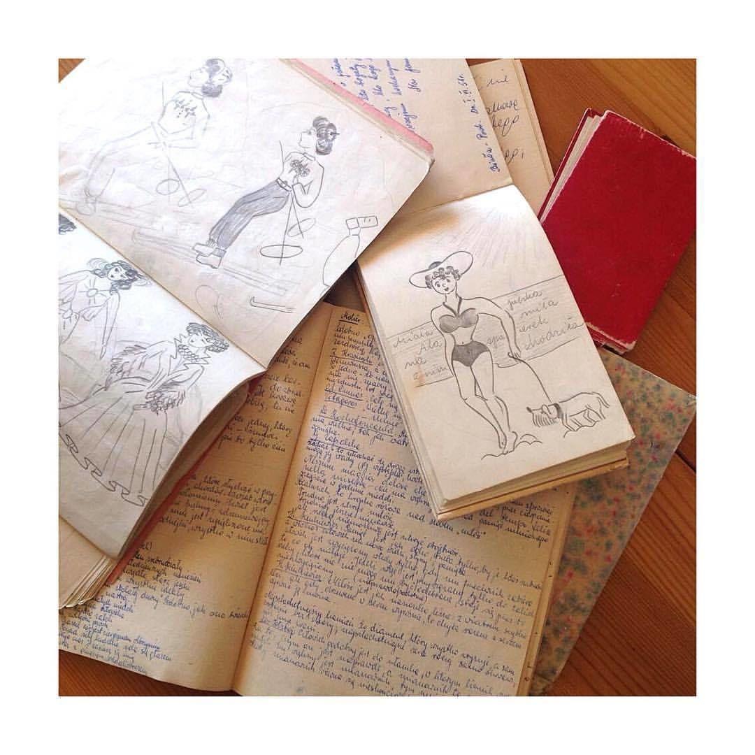 Les souvenirs de ma Mama les cahiers avec ses dessins !