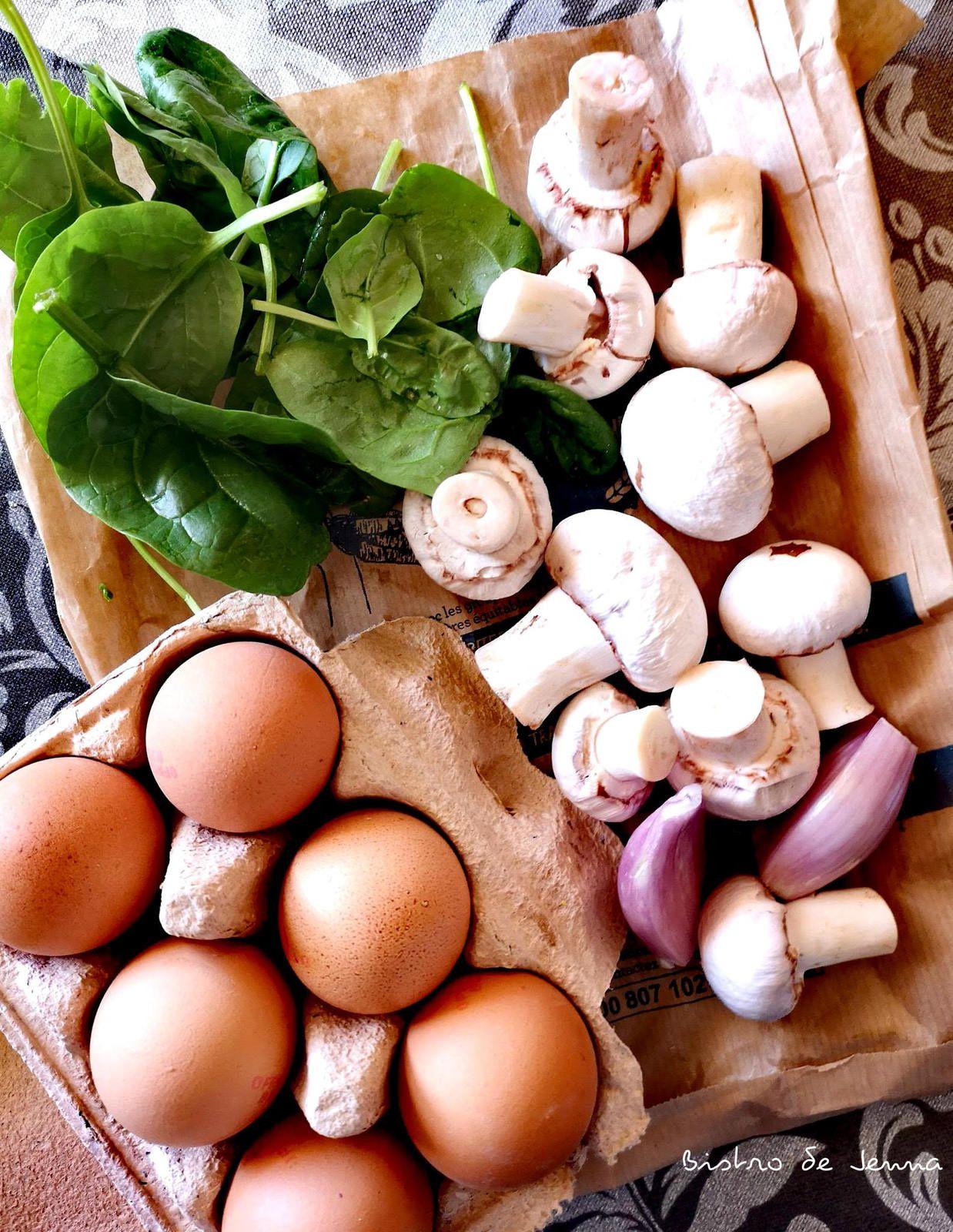 Omelette aux épinard et champignons bio