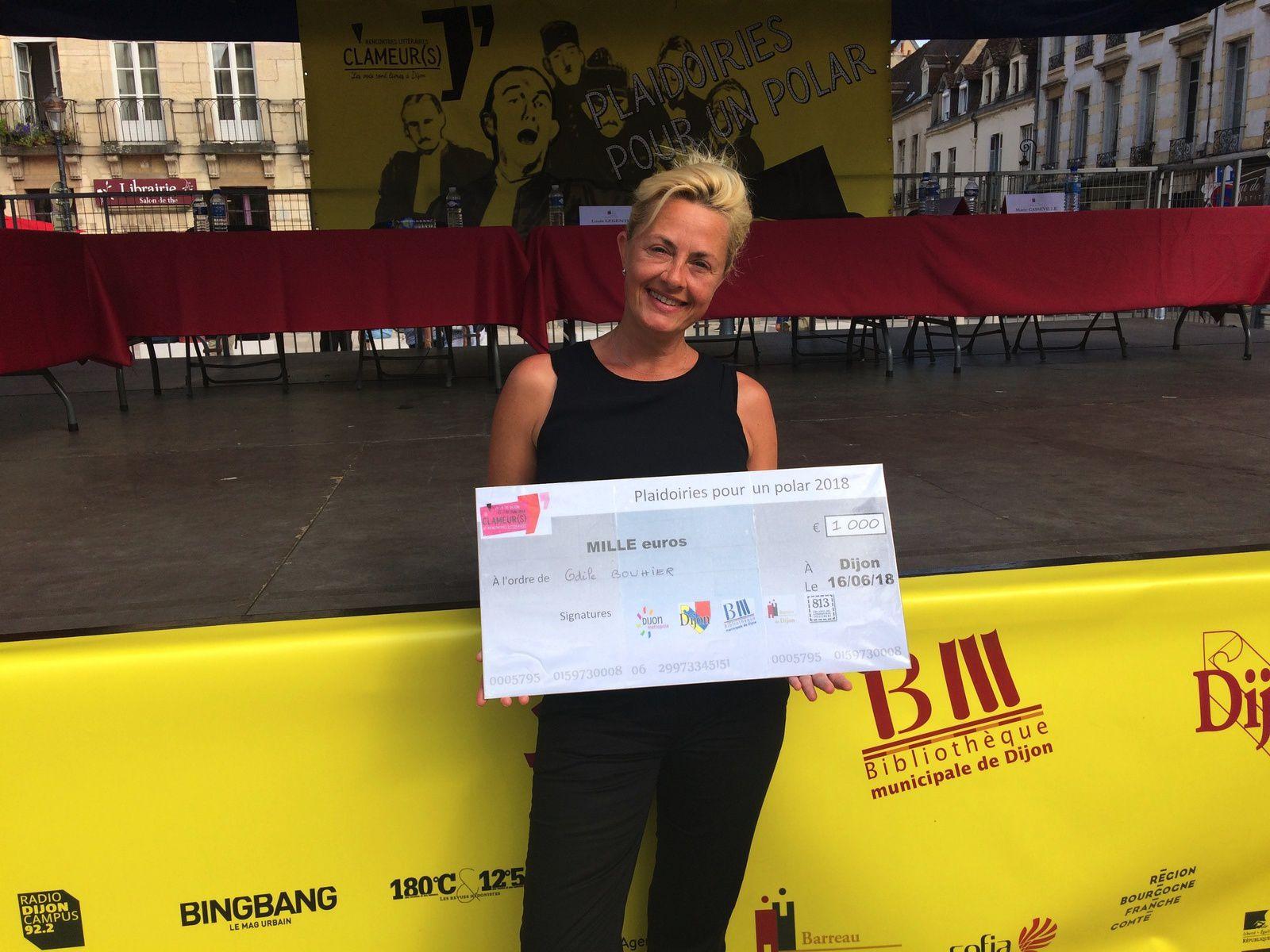 Odile Bouhier, acquittée, lauréate du prix PPP, doté de 1000€ (ordre des avocats + bibliothèques municipale de la ville de Dijon).