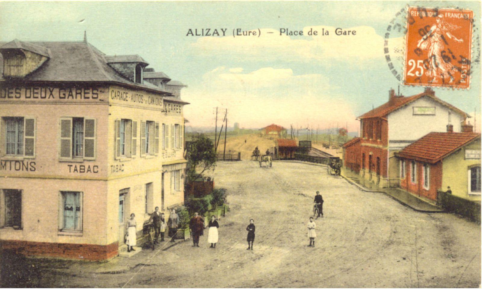 Série de cartes postales illustrées des années 1910 et une des années 1960 sur l'hôtel des Deux gares.