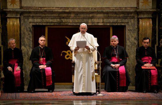 Quatre ans de pontificat et des frondeurs pour le pape François