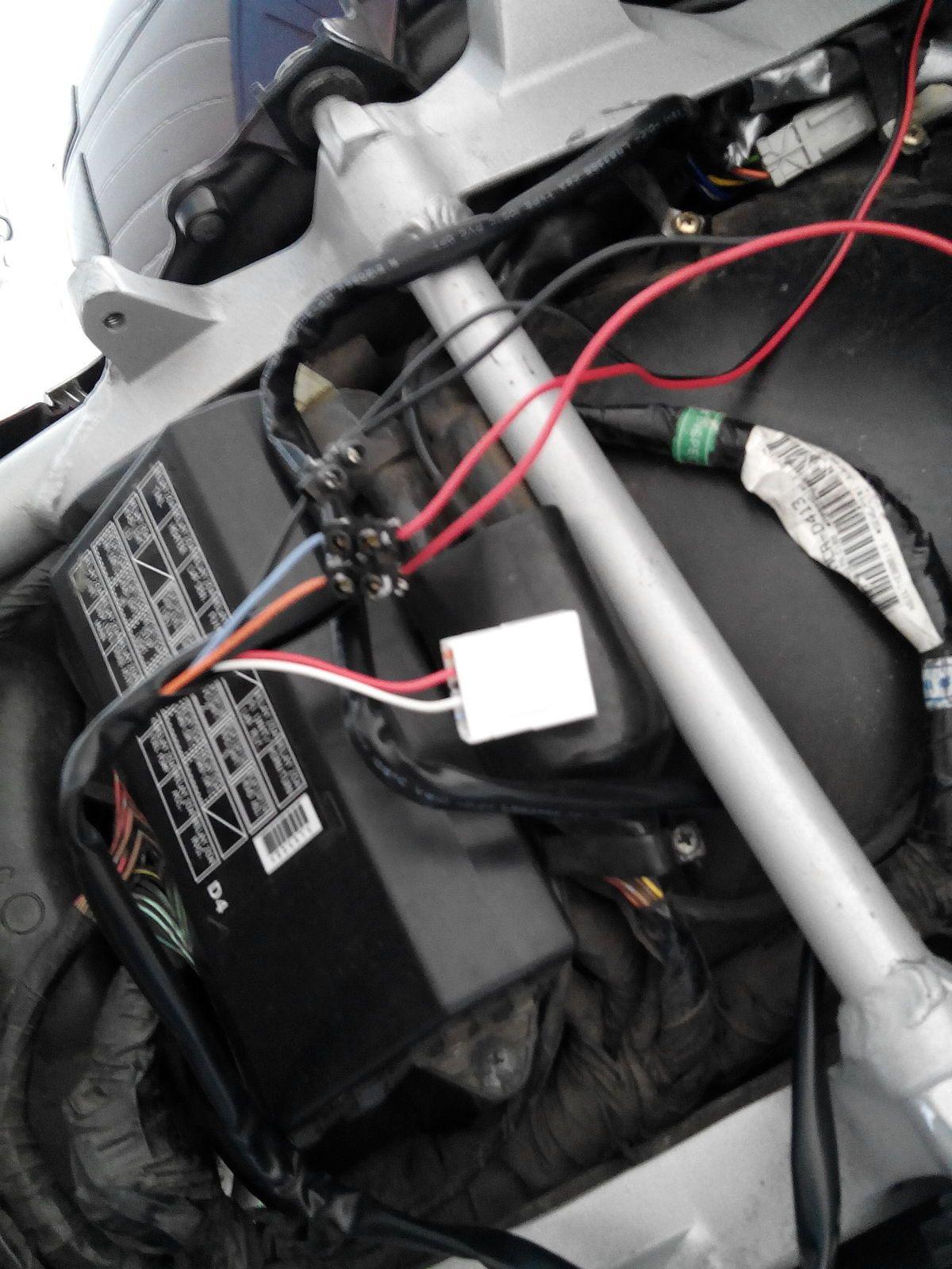 Goldwing 1800 - Connexion pour clignotants, feux AR ou remorque