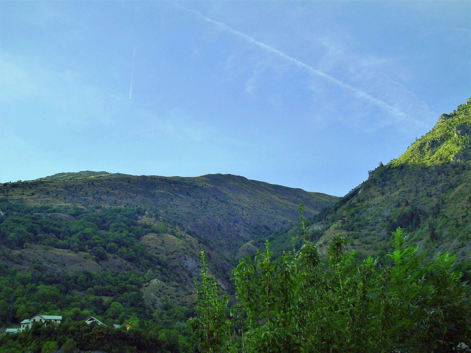 Goldwing - Notre voyage dans les Hautes-Alpes en Goldwing 1800 et Varadero 125 - 1er jour