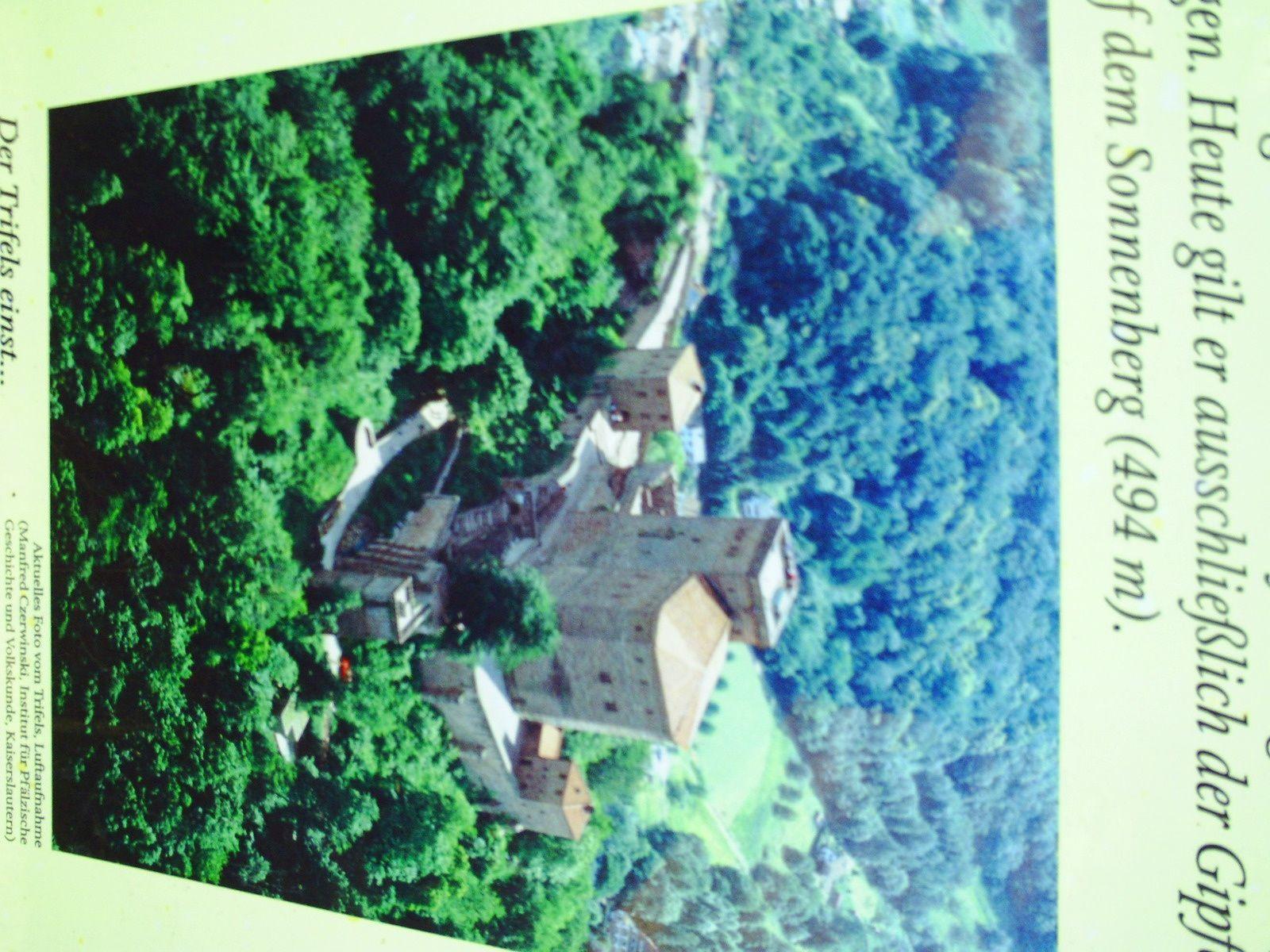 Goldwing Unsersbande - Ballade vers le Château de Trifels en Allemagne