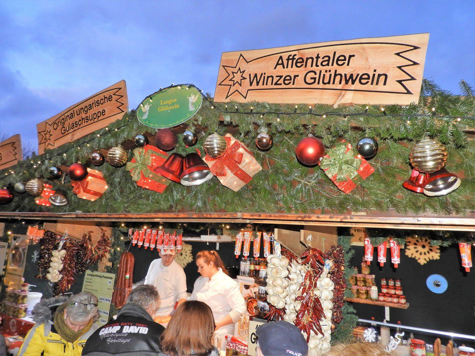 Goldwing Unsersbande - Les pères Noël et les lutins 2019 à Baden Baden