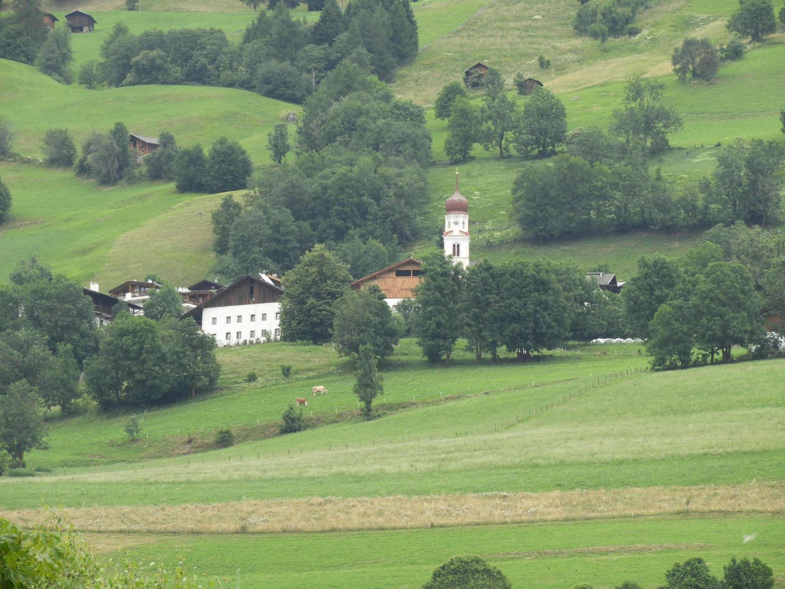 Goldwing Unsersbande - Périple Dolomites et Cinque terre 6th day Cascades de Stanghe Marbre blanc