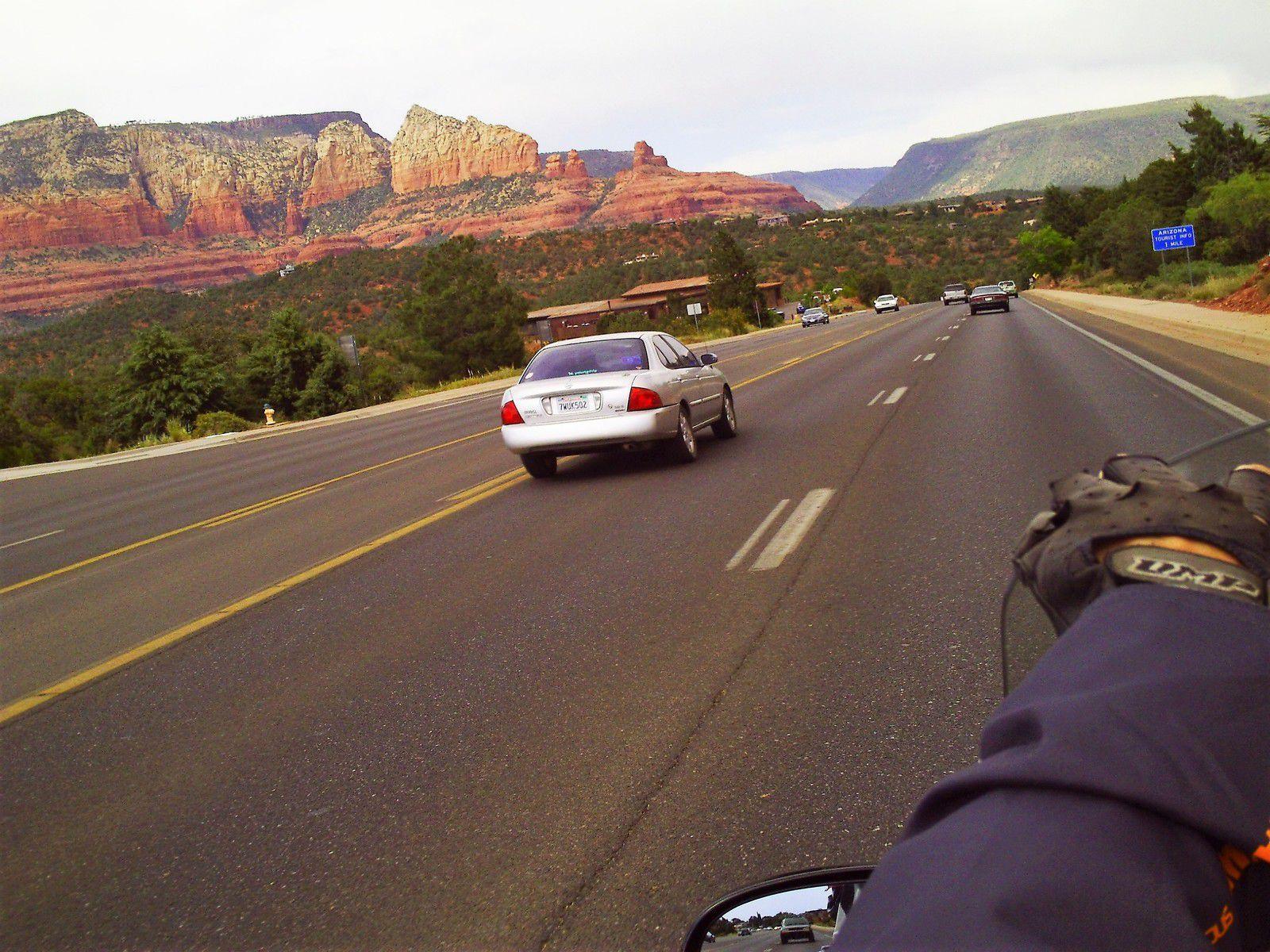 Goldwing Unsersbande - Un couple et une moto dans le Wild West américain 04 jour -  Prescott, Jerome, Sedona et Flagstaff