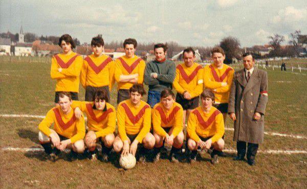 L'équipe Première de Bioul en mai 1970.