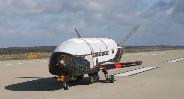 Drone militaire remplaçant la navette spatiale
