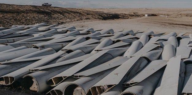 Cimetière à palmes d'éoliennes